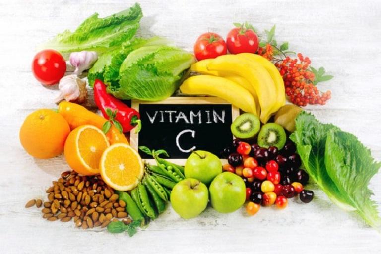 Để phòng giãn tĩnh mạch thừng tinh tái phát, người bệnh nên ăn các loại rau củ chứa nhiều vitamin
