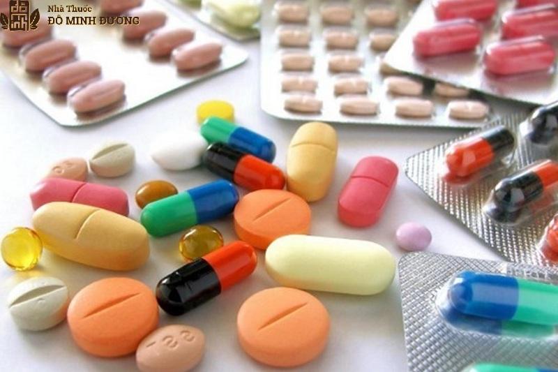 Sử dụng thuốc điều trị viêm đau khớp gối