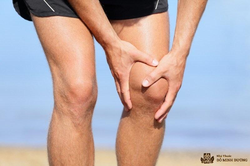 Tràn dịch khớp gối là bệnh thường gặp ở người già, người ít vận động