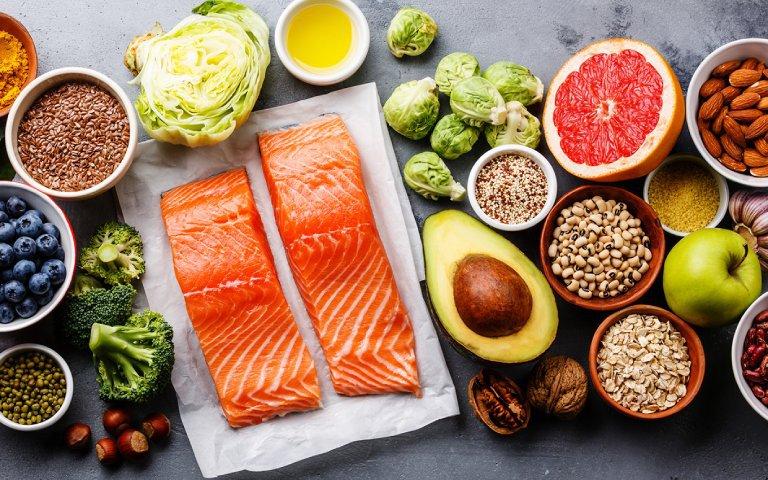 Bổ sung các loại thực phẩm chứa vitamin và protein
