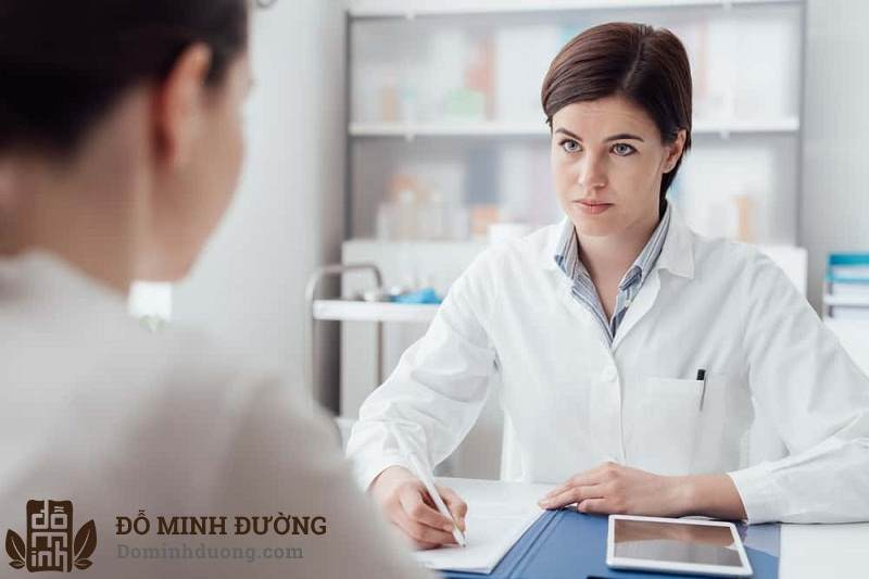 Bệnh nhân mề đay cần điều trị bệnh theo chỉ dẫn của bác sĩ