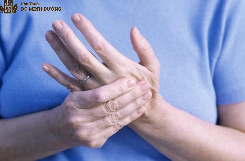 Bệnh viêm đau khớp ngon tay có thể xuất hiện ở nhiều đối tượng