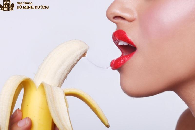 Quan hệ bằng miệng là tư thế giúp chống xuất tinh sớm hiệu quả