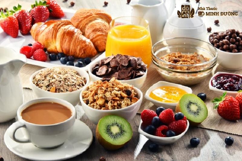 Xây dựng chế độ ăn uống phù hợp ngày Tết đối với bệnh nhân xương khớp