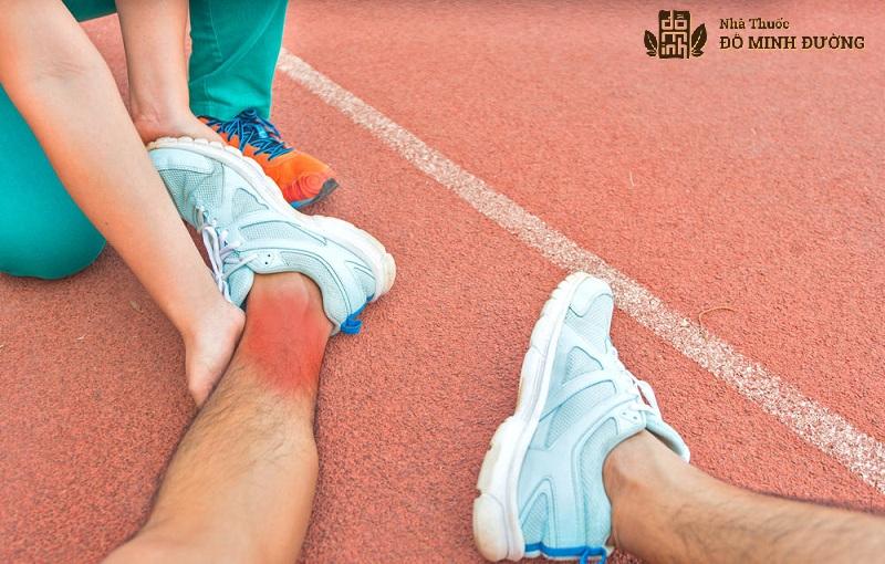 Cổ chân là bộ phận hoạt động nhiều nên dễ mắc bệnh viêm khớp