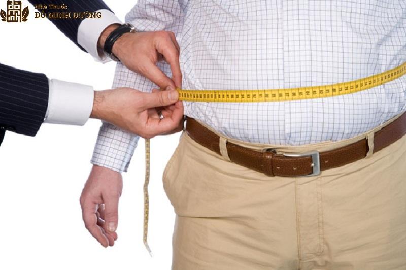 Thừa cân là một nguyên nhân gây thoái hóa cột sống thắt lưng