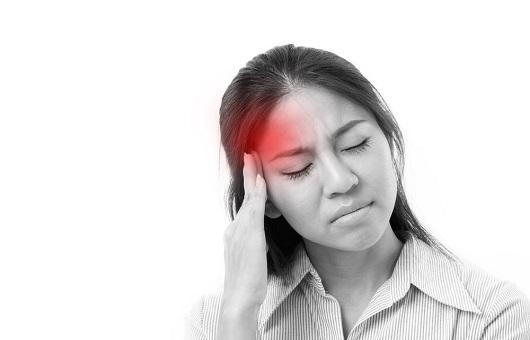Thoái hóa đốt sống cổ gây đau đầu