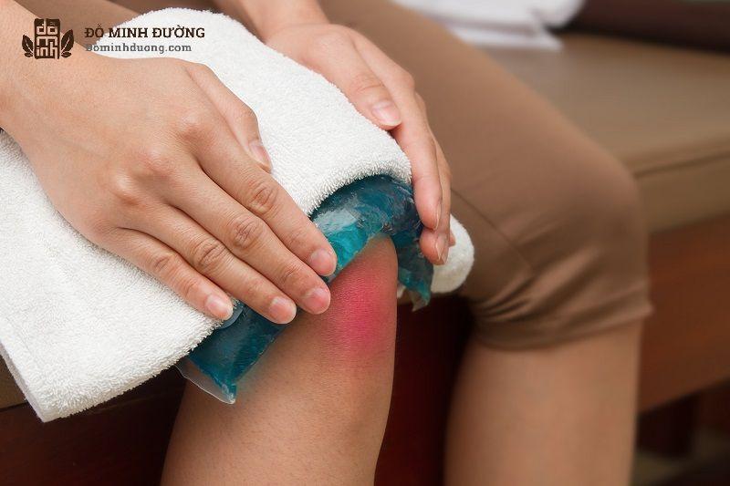 Chườm lạnh giúp giảm mẩn đỏ và ngứa ngáy trên da