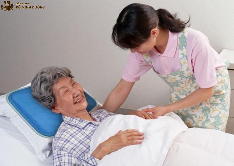 Sau khi phẫu thuật, người bệnh cần có chế độ chăm sóc đặc biệt