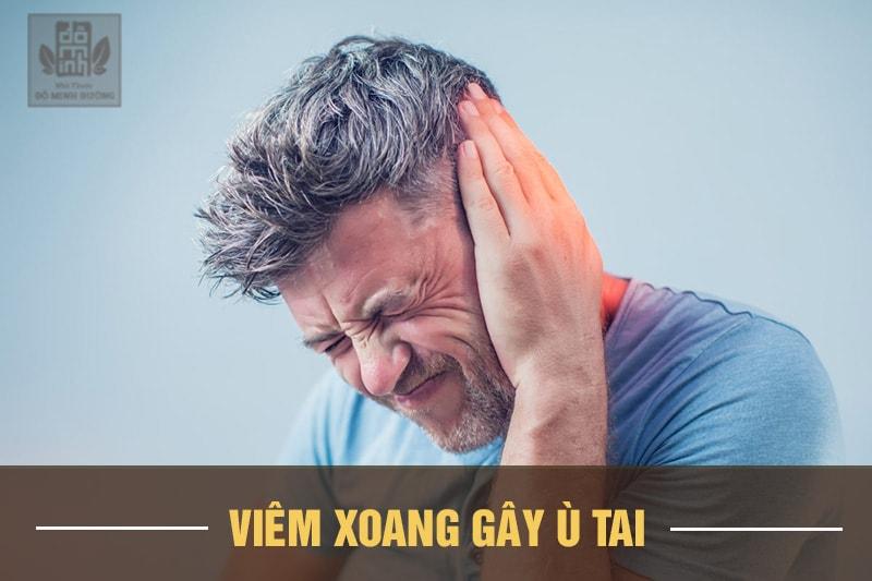 Ù tai là một trong những biểu hiện thường gặp khi bị viêm xoang