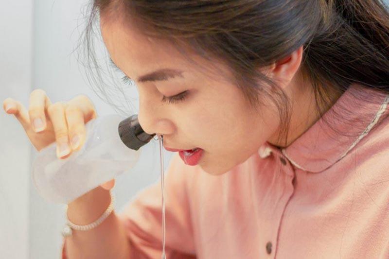 Vệ sinh mũi họng hàng ngày để phòng bệnh tái phát