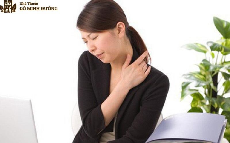 Người bệnh vôi hóa cột sống thường thấy đau nhức khó chịu