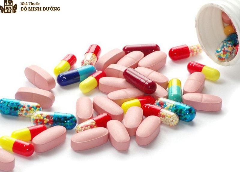 Sử dụng thuốc tây điều trị vôi hóa cột sống