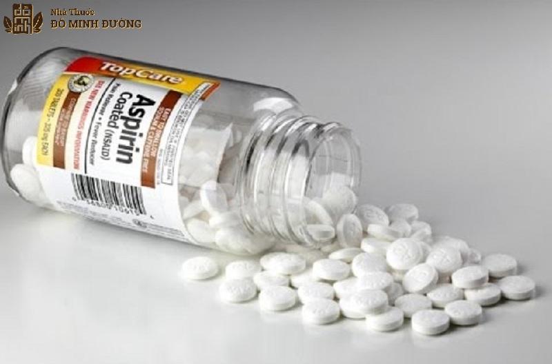 Sử dụng thuốc kháng sinh điều trị viêm đau khớp háng