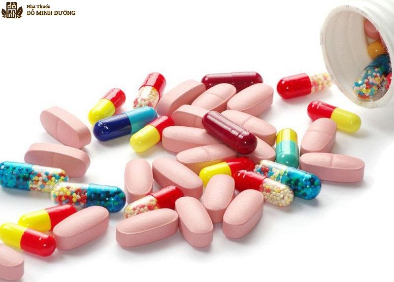 Thận trọng khi sử dụng thuốc Tây bởi nó có thể gây nhiều tác dụng phụ