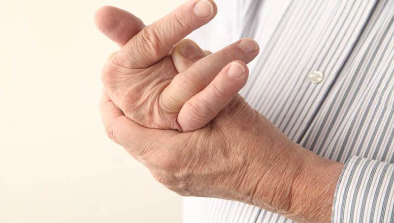 bệnh phong tê thấp
