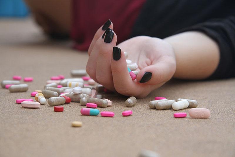 Cần lưu ý không dùng thuốc cho những trường hợp đã được khuyến cáo chống chỉ định