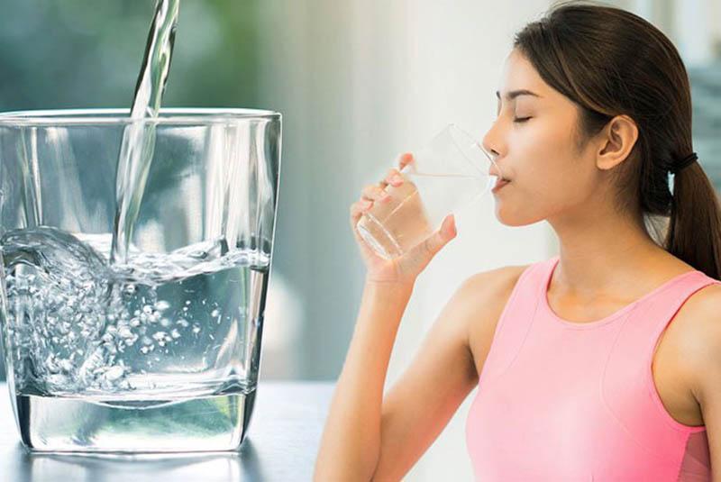 Nên uống nước lọc