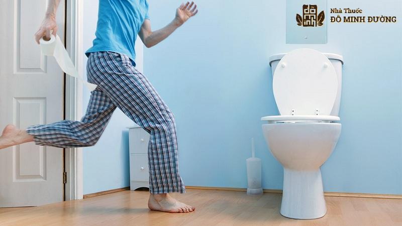Đi tiểu nhiều lần ở nam giới ảnh hưởng nghiêm trọng tới sức khỏe và sinh hoạt