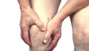 Người bệnh khô khớp có nên đi bộ không?