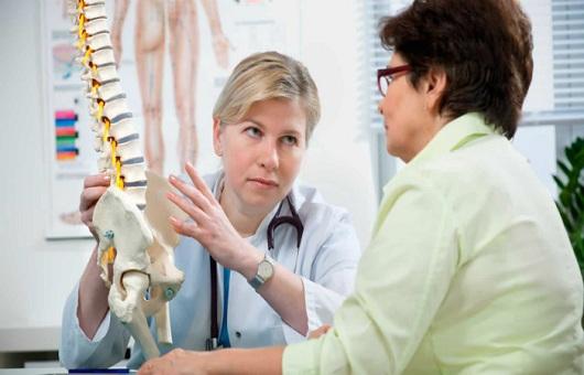 Tại sao phụ nữ bị loãng xương nhiều hơn nam giới