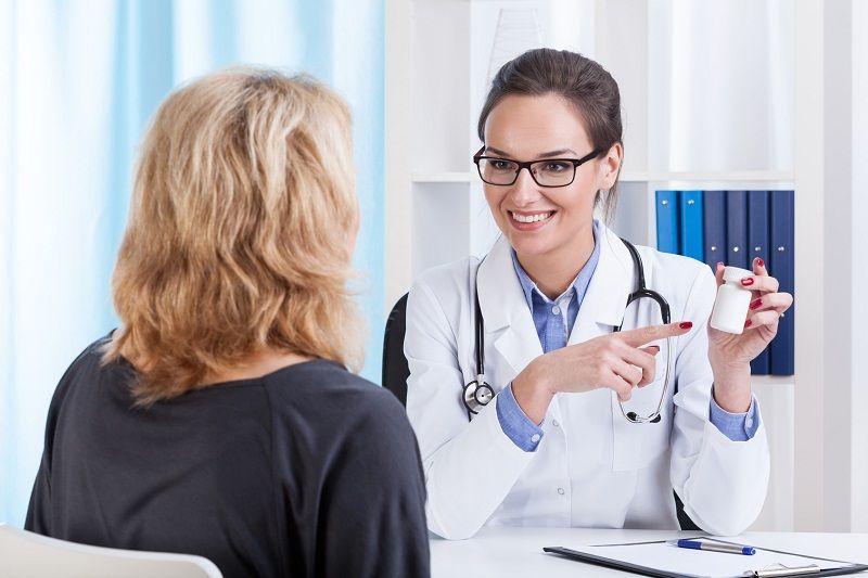 Sử dụng thuốc theo hướng dẫn của bác sĩ để tránh gặp phải phản ứng phụ