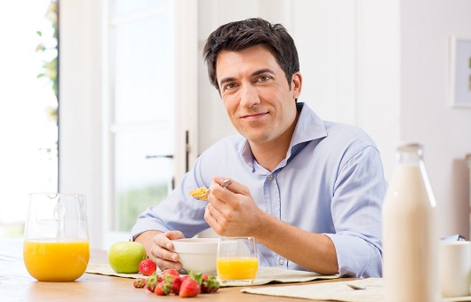 Nam giới bị liệt dương nên ăn gì kiêng gì và luyện tập như thế nào