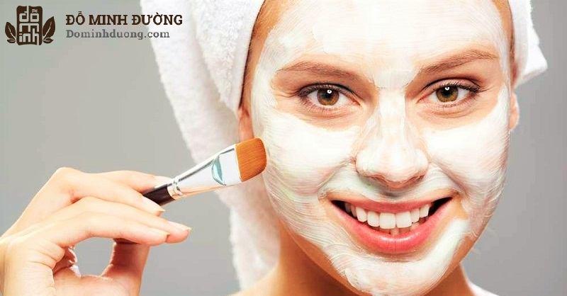 Đắp mặt nạ sữa chua là cách chữa dị ứng da mặt tại nhà được nhiều người áp dụng