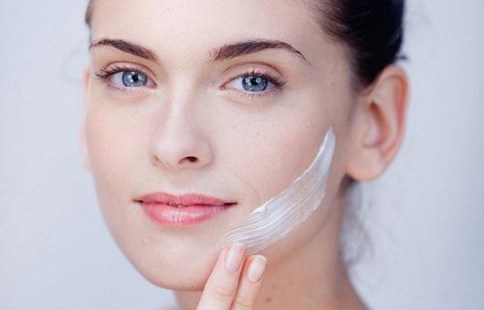 Kem trị dị ứng da mặt
