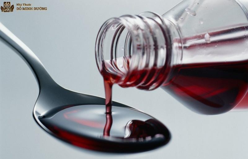 Thuốc siro dạng uống trị mề đay cho bé