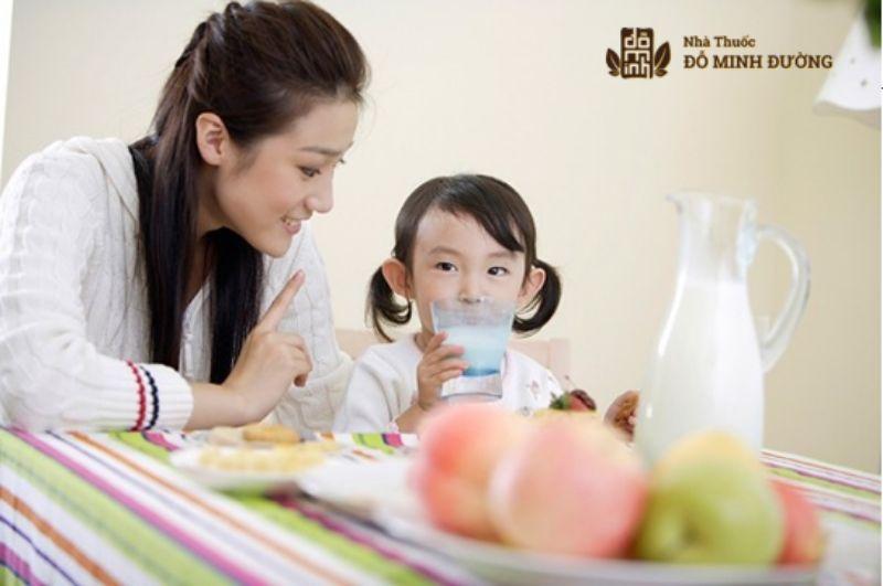Cung cấp đủ dinh dưỡng cho bé giúp phòng chống bệnh