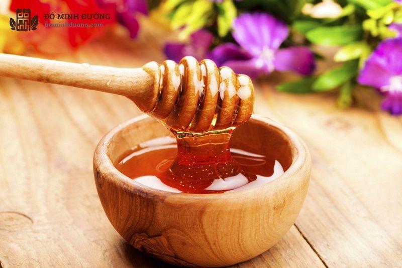 Mật ong giúp chữa viêm lưỡi gà và viêm họng hiệu quả