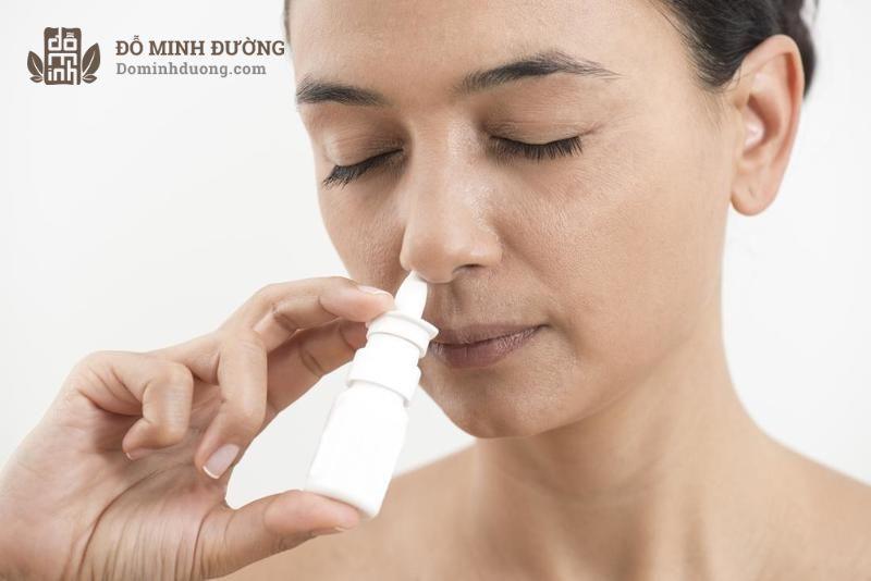 Thuốc điều trị viêm xoang thông mũi được kê cho bệnh nhân bị nghẹt mũi
