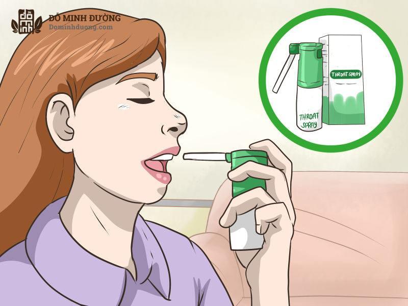 Thuốc xịt viêm họng được dùng để loại bỏ vi khuẩn trong miệng và làm giảm viêm tại chỗ