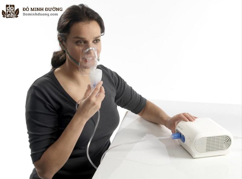 Điều trị khí dung nhờ máy xông mũi trị viêm xoang