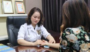 Bác sĩ Hằng tư vấn tận tâm, nhiệt tình, giải thích rõ cho tôi phác đồ điều trị và liệu trình sử dụng thuốc