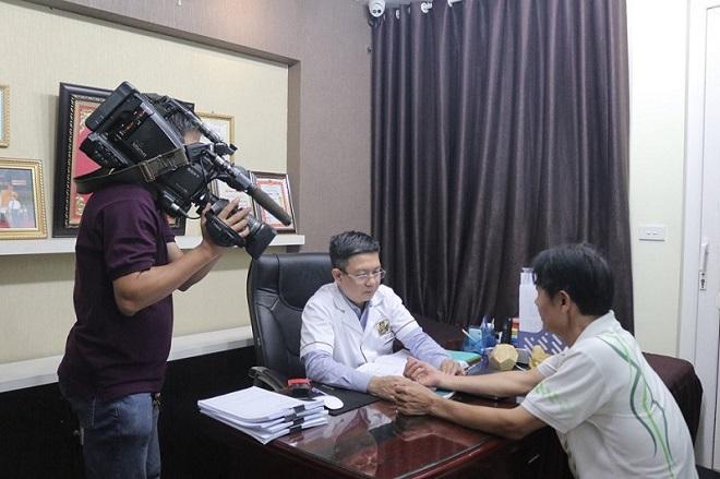 """VTV2 - """"Sống khỏe mỗi ngày"""" ghi hình tại nhà thuốc Đỗ Minh Đường"""
