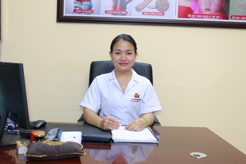 Thầy thuốc Đoan Trinh hiện đang công tác tại nhà thuốc chúng tôi ở cơ sở miền nam