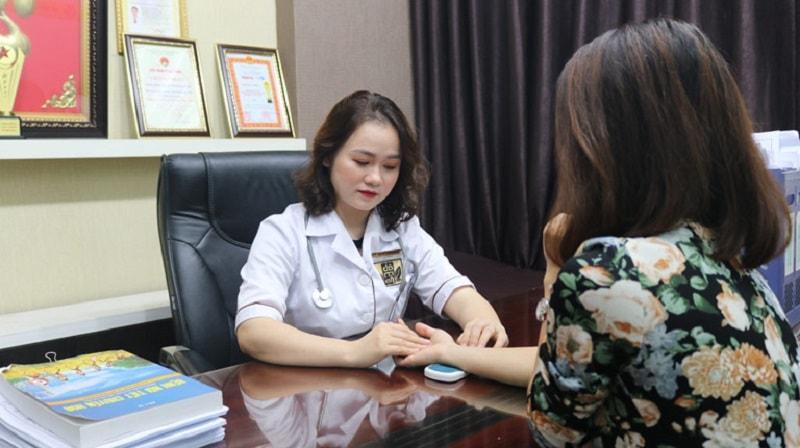 Sự thăm khám tận tình đến từ bác sĩ nhà thuốc Đỗ Minh Đường
