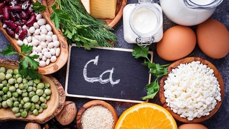 Tăng cường thực phẩm giàu canxi để loại bỏ nhữngtriệu chứng bệnh gai cột sống