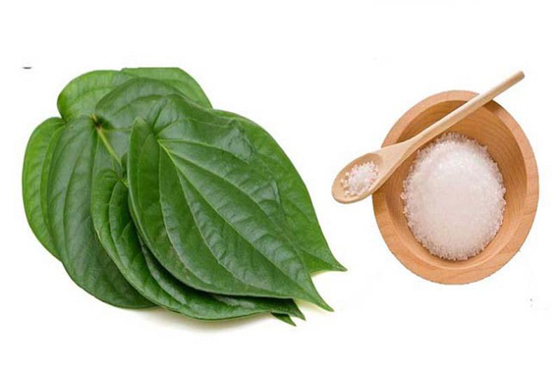 Có thể dùng lá trầu, muối để chữa viêm âm đạo nhẹ