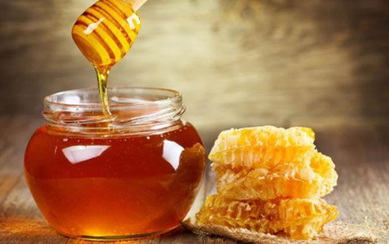 Cách trị dị ứng da mặt tại nhà bằng mật ong