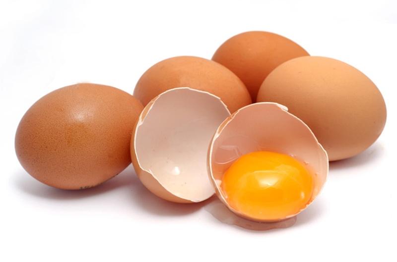 Chữa tinh trùng yếu bằng trứng gà là phương pháp hữu hiệu được nhiều người áp dụng