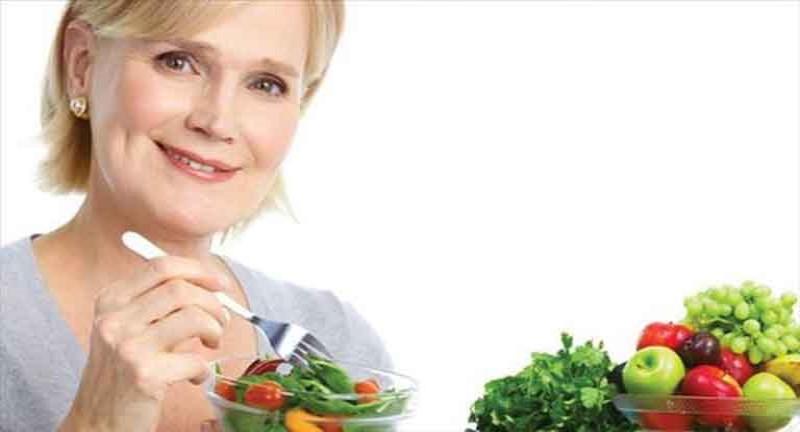 Xây dựng chế độ ăn uống khoa học giúp giảm thiểu những biểu hiện khó chịu của giai đọan này