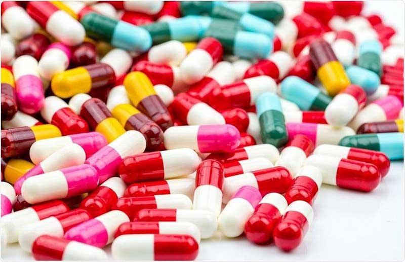 Cẩn thận khi sử dụng thuốc kháng sinh cho trẻ vì có thể gặp nhiều phản ứng phụ