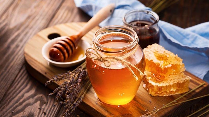 Mật ong có tác dụng rất tốt trong việc chữa vô sinh ở cả hai giới