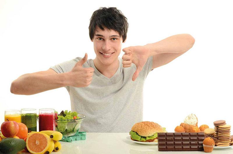 Nam giới nên bổ sung các loại thực phẩm chứa nhiều khoáng chất và vitamin trong khẩu phần ăn mỗi ngày
