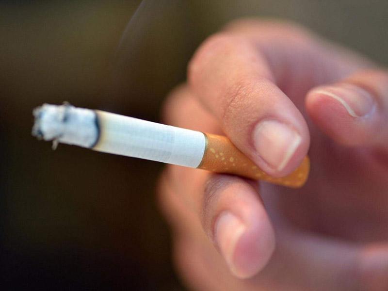 Thường xuyên sử dụng thuốc lá, rượu bia làm tăng nguy cơ mắc vô sinh - hiếm muộn