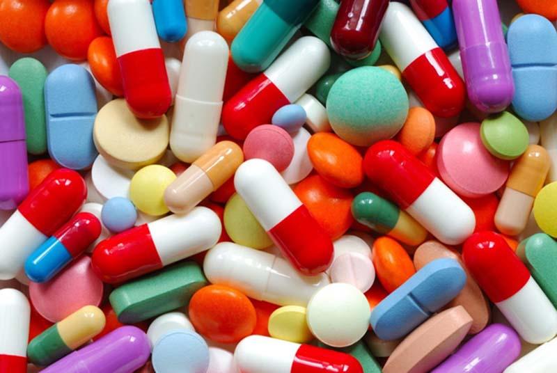 Sử dụng thuốc tây cần có sự chỉ định và hướng dẫn của bác sĩ, tránh nhờn thuốc