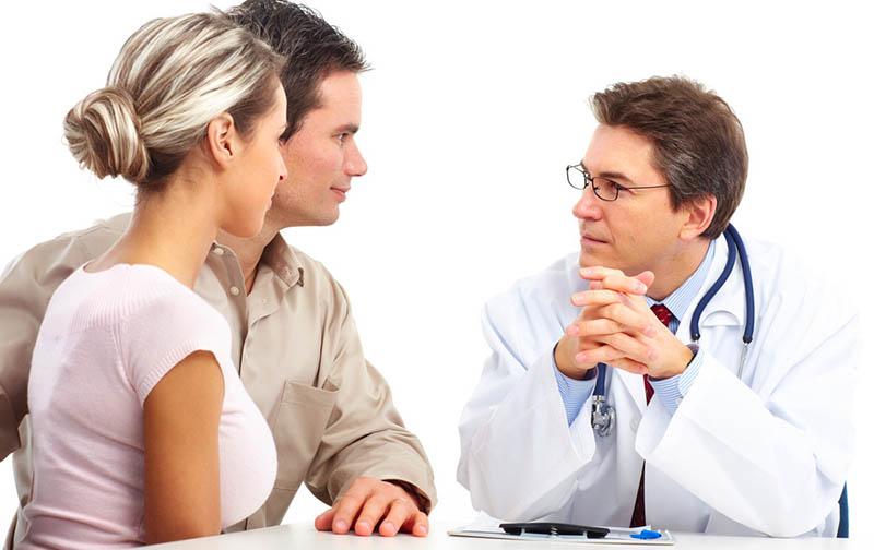 Tinh dịch vón cục nếu để lâu có thể gây ra chứng vô sinh hiếm muộn ở nam giới